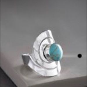 💐Turquoise and Silvertone Ring